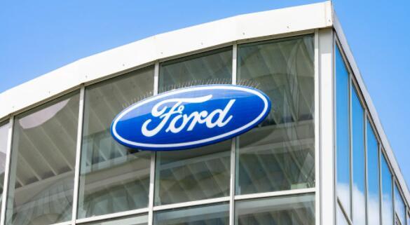 福特召回了超过375,000名福特探险者