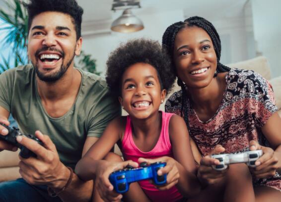 该视频游戏零售商在进入一个较短的假期周末后有一定的发展动力