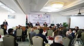 斯法克斯商会突尼斯商务代表团抵达的黎波里进行为期三天的访问
