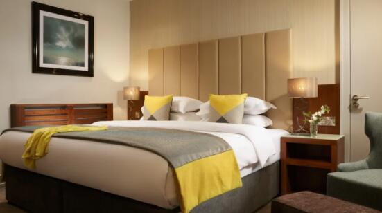 爱尔兰酒店联合会最新调查显示夏季预订量仍处于历史低点