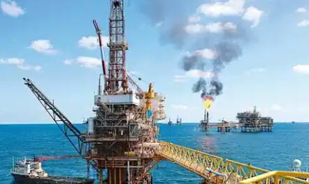 油价跌至68美元因美国供应报告前涨势减弱