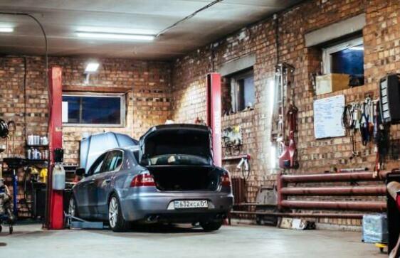 您的昂贵汽车获得保险保修的指南