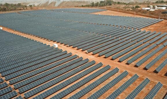 马里金矿由30兆瓦/15.4兆瓦时的太阳能加储能提供动力