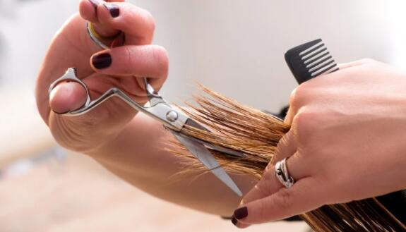 头发和美容业联合会需要更多支持
