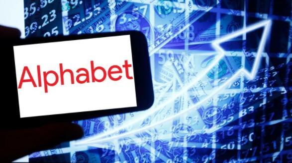Alphabet报告创纪录的季度业绩 计划回购500亿美元股票