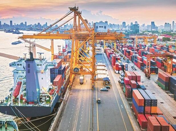 印度商务部称5月第一周出口增长80%达到70亿美元