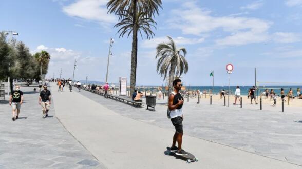 西班牙希望游客回归后惊人的复苏