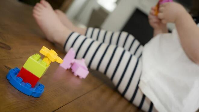 爱尔兰国家儿童保育计划将扩大到15岁以下的儿童
